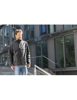 Windbreaker con forro, color Negro, Brandit