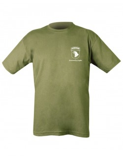 Camiseta Behind Troops, color desert.